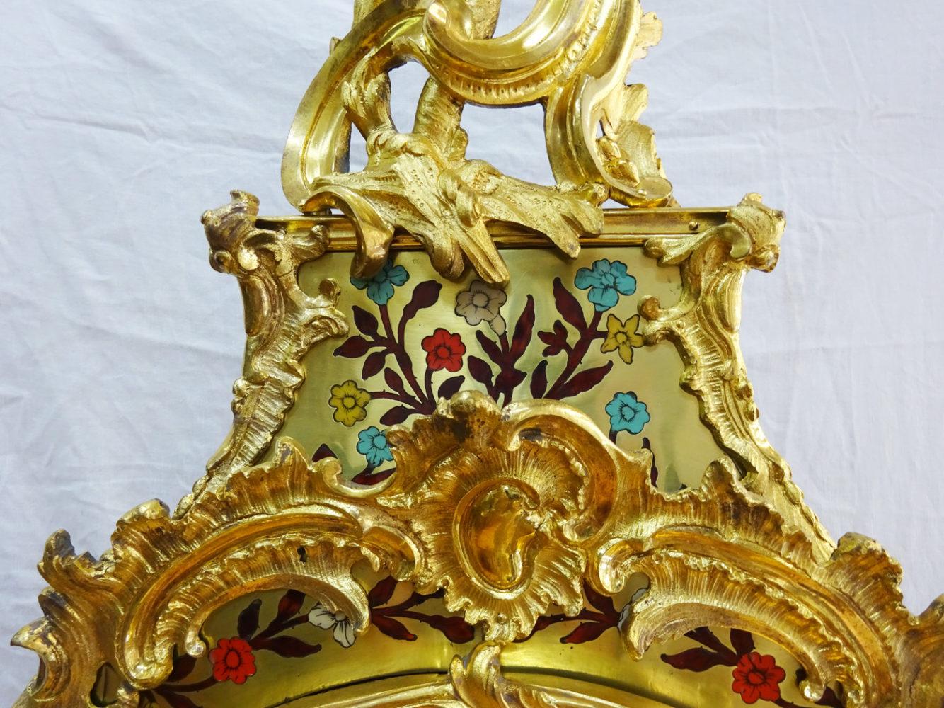 Détail  Dorure haut Cartel style Louis XV - Atelier Luc Vaganay