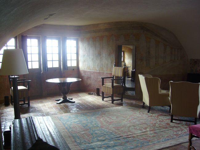 Chateau de Bagnols - Coin Salon - boiseries