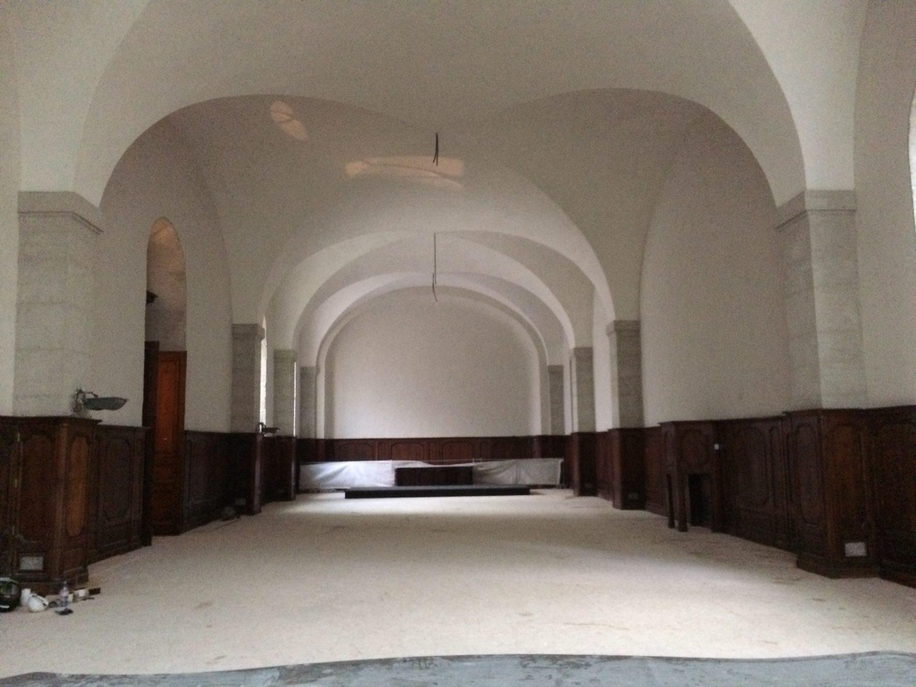 refectoire hotel dieu luc vaganay eb niste restaurateur de meubles anciens lyon. Black Bedroom Furniture Sets. Home Design Ideas