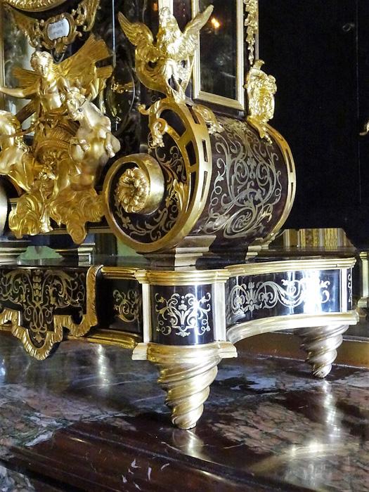 détail pied Cartel chambre du Roi - Vaux le vicomte